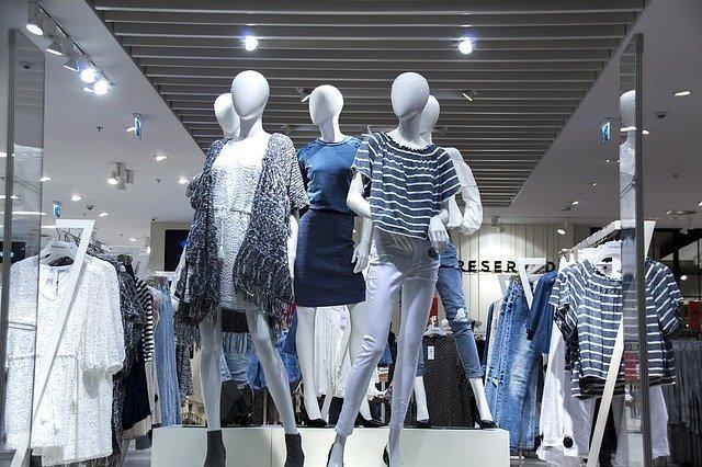 frases para propaganda de loja de roupas